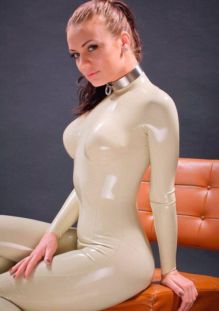 momba-sexy-nude-latex-girl-free-gangbang