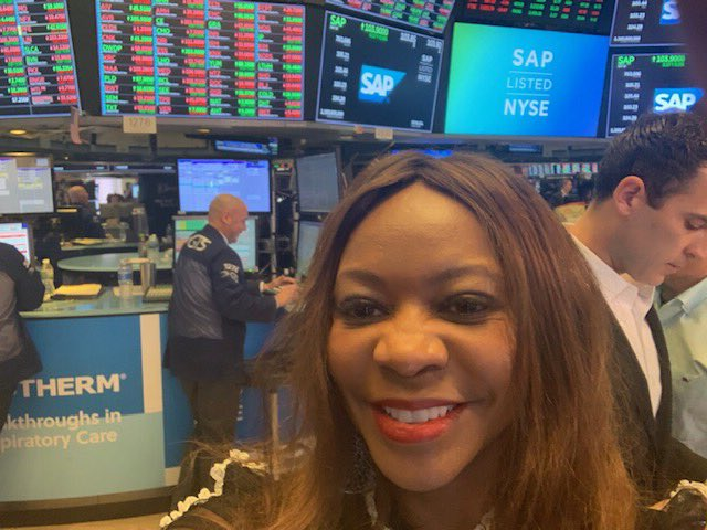 I got to be a part of the NYSE Closing Bell last week. What an experience! #TB #stockmarket #closingbell #NYSE