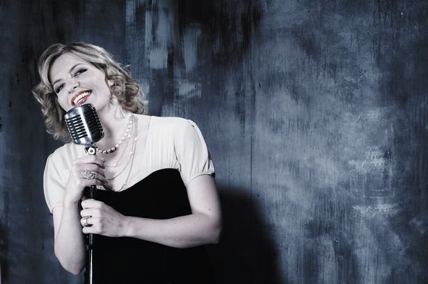 Join @clareteal and special guests at her Festive Fiesta on 11 Dec @KomediaBath in aid of @JulianHouseUK @katedimbleby  @ThePeeWeeEllis  @Jasrebello & @BenCipolla The perfect way to start the Christmas celebrations   https://bit.ly/2gGXazI 🎺 #jazz #christmasspirit