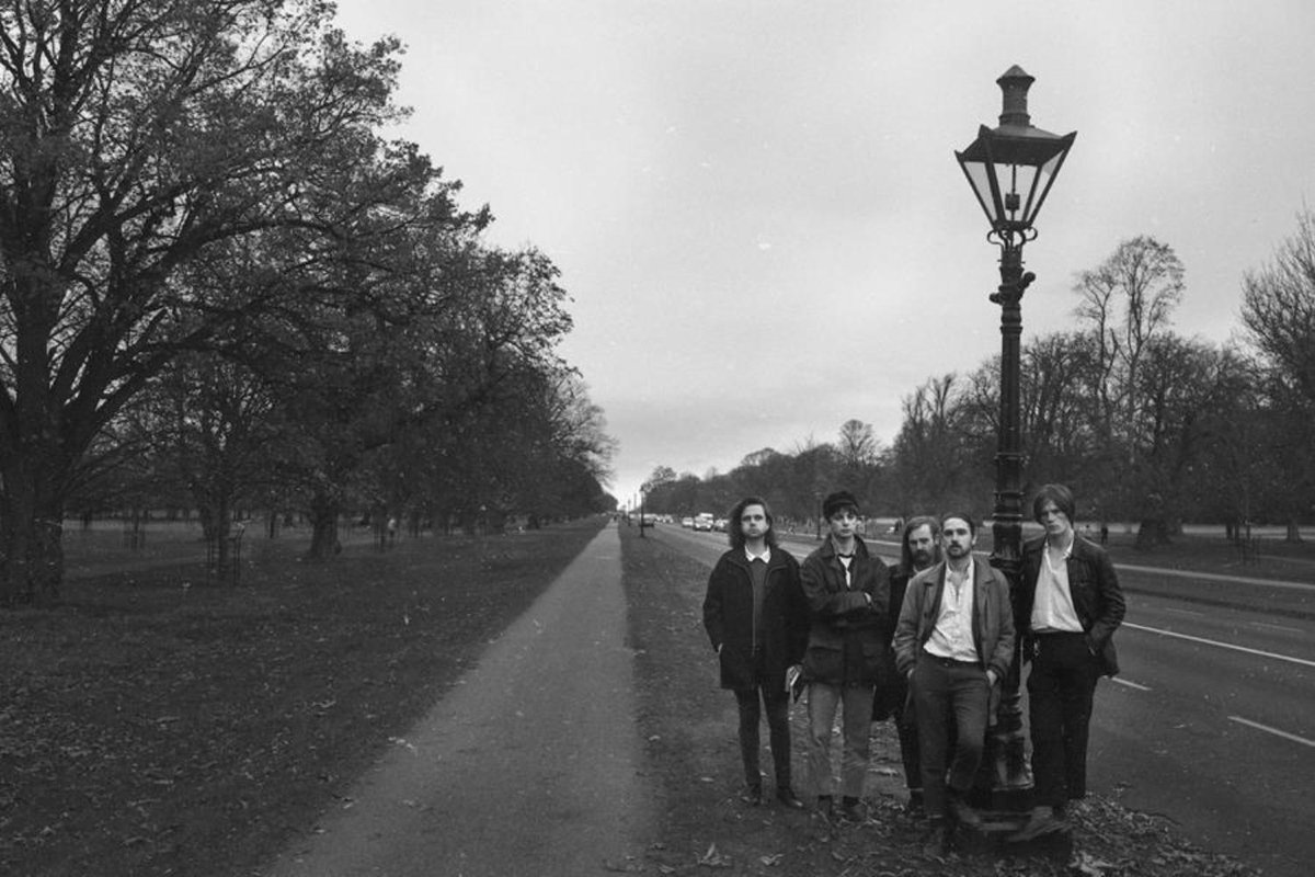 Listen to Fontaines DC's new track 'Too Real'. diymag.com/2018/11/13/fon…