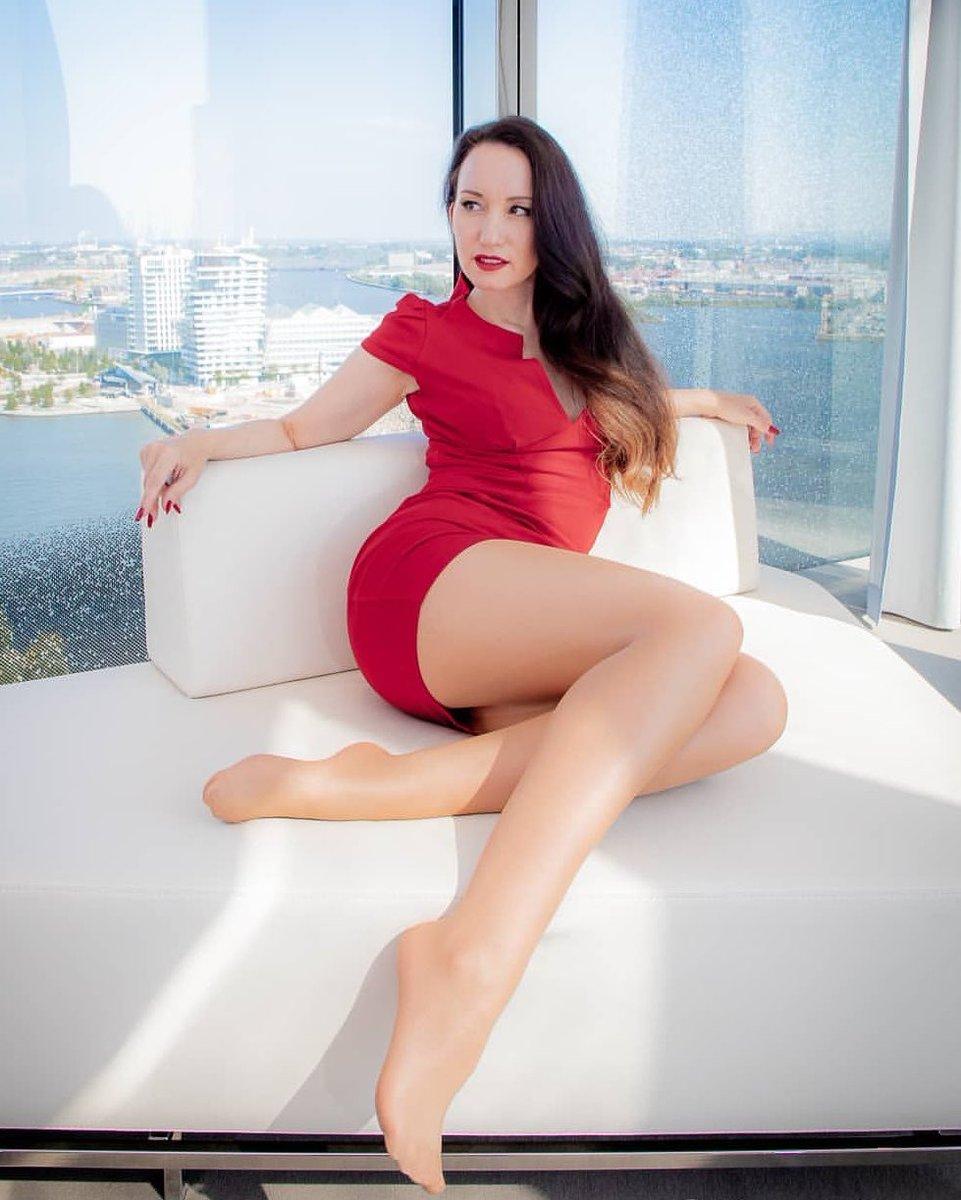 Brunette alexa havins legs free sex porn