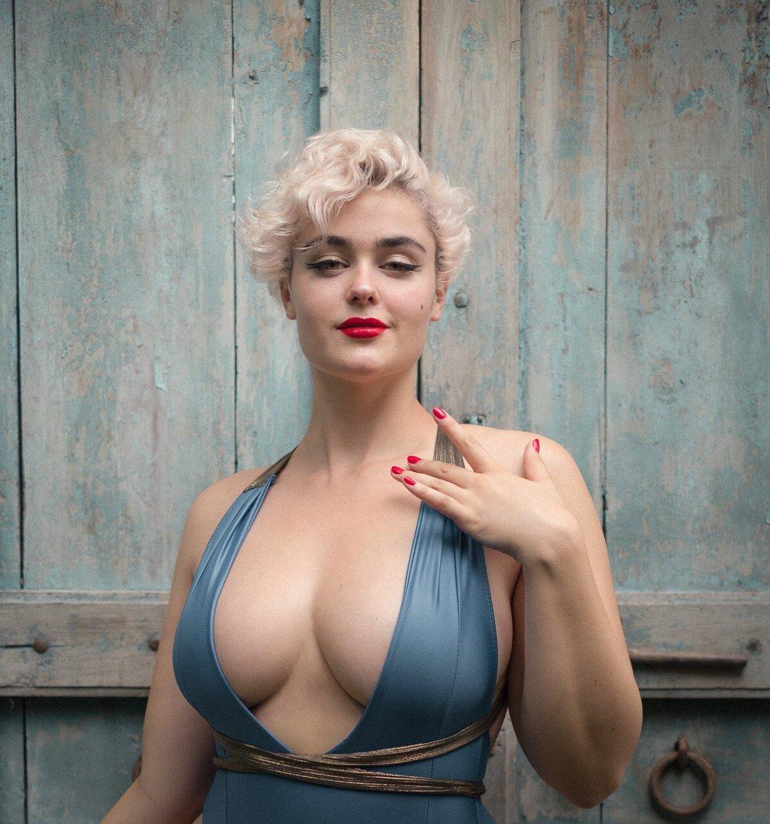 Sideboobs Stefania Ferrario nude photos 2019