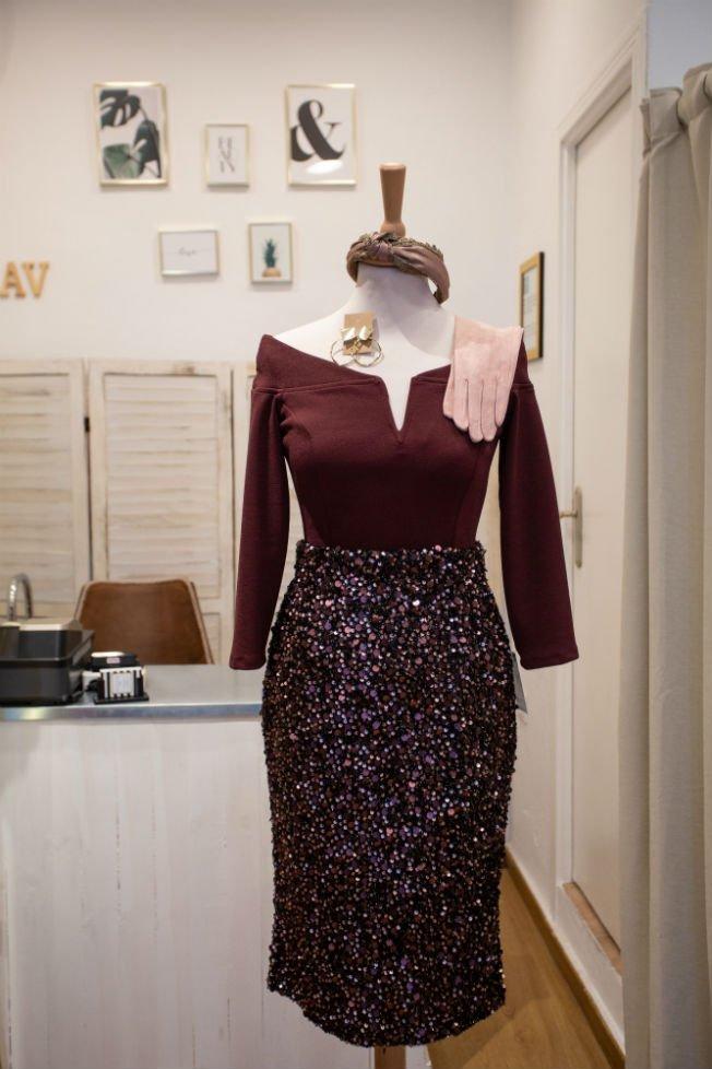 e7bd9fa83acd ... 2 de  Sevilla) destaca sobre todo por sus vestidos y trajes de fiesta y  ceremonia http   ow.ly eOkU30mISqQ  BulevarSur  Tiendas  Invitadas  BsModa  ...