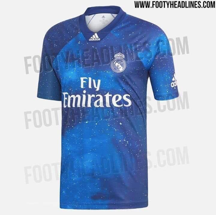 ¿Qué te parece la camiseta galáctica que quiere hacer el Real Madrid?   #UCL @Nissan_ESP