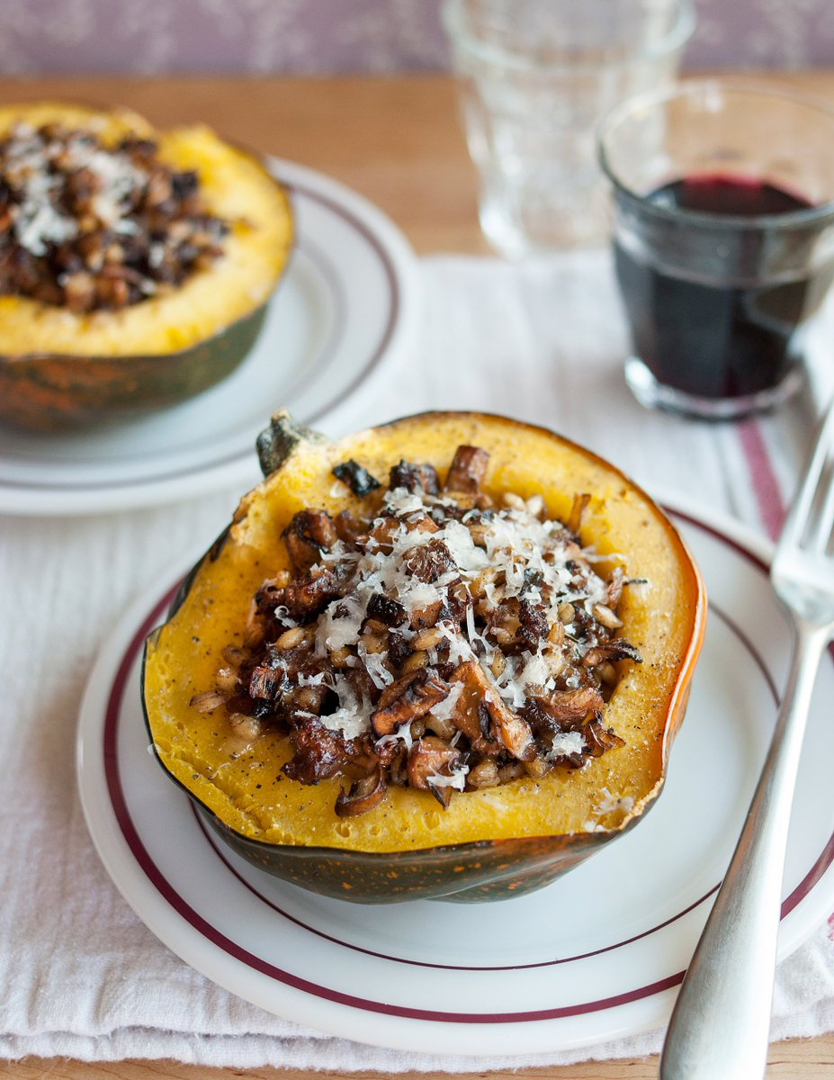How To Make Stuffed Roast Squash — Cooking Lessons from The Kitchn  https://t.co/MPl8Kmzb8P #recipes #ricette https://t.co/d69vd1N8Kd