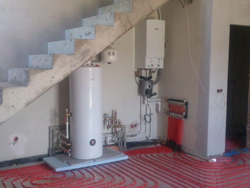 газовый котел под лестницей фото стоимость, расписание