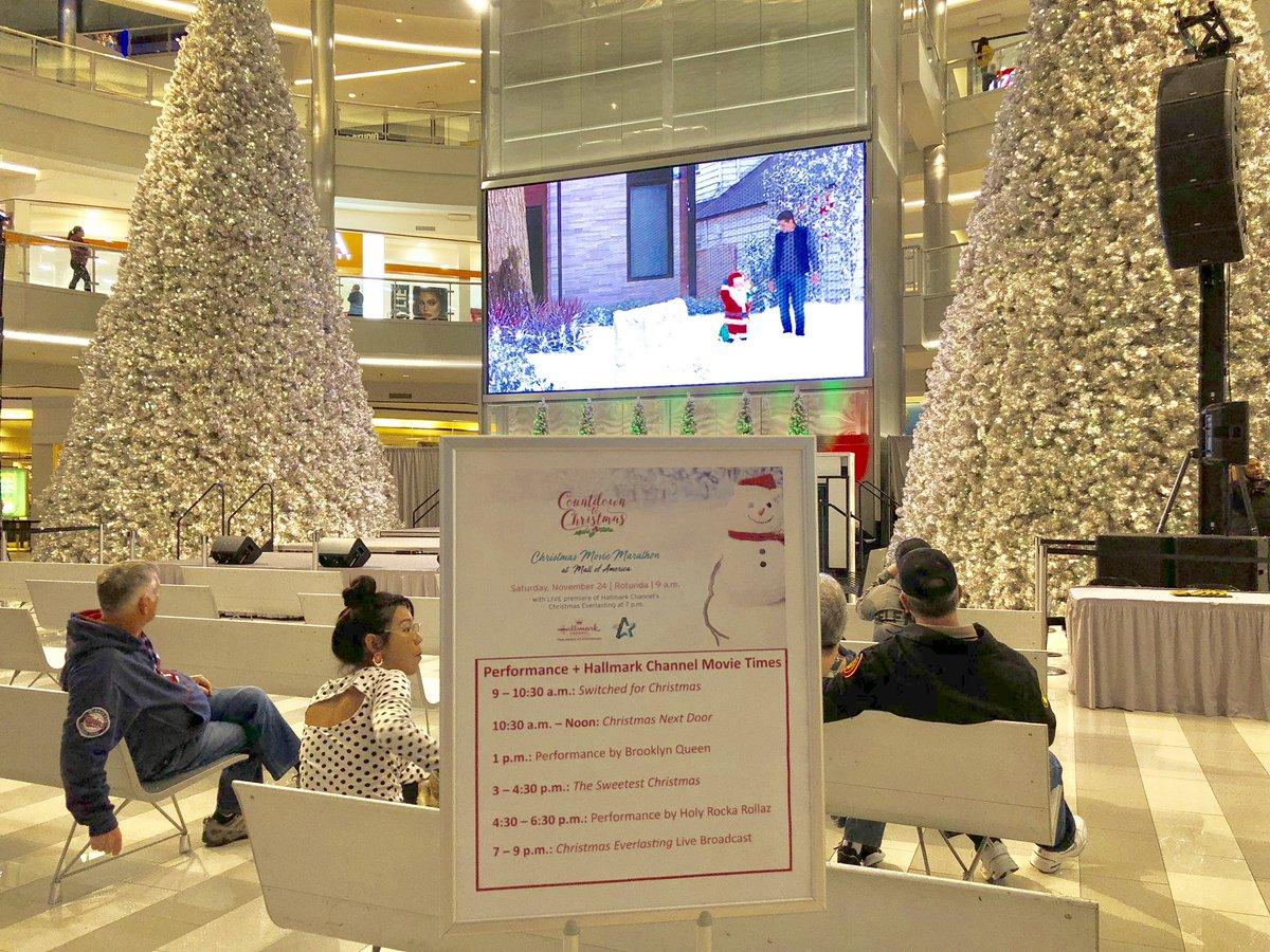 Christmas Next Door Hallmark.Mall Of America On Twitter Join Hallmarkchannel For The