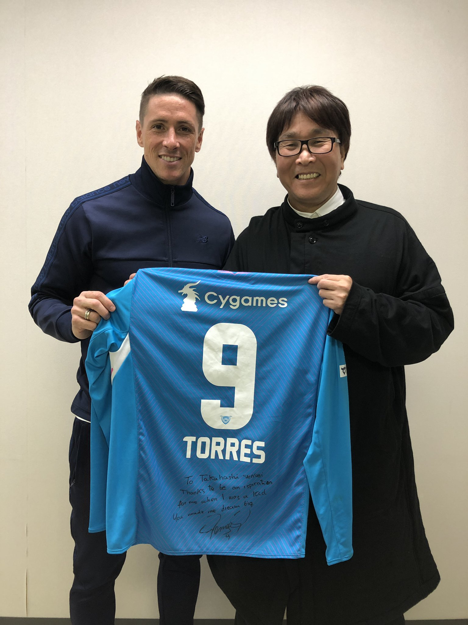 """Fernando Torres on Twitter: """"Yesterday I had the privilege of meeting in  person @0728takahashi , the creator of #captaintsubasa who inspired so many  children of my generation. It was a pleasure to"""