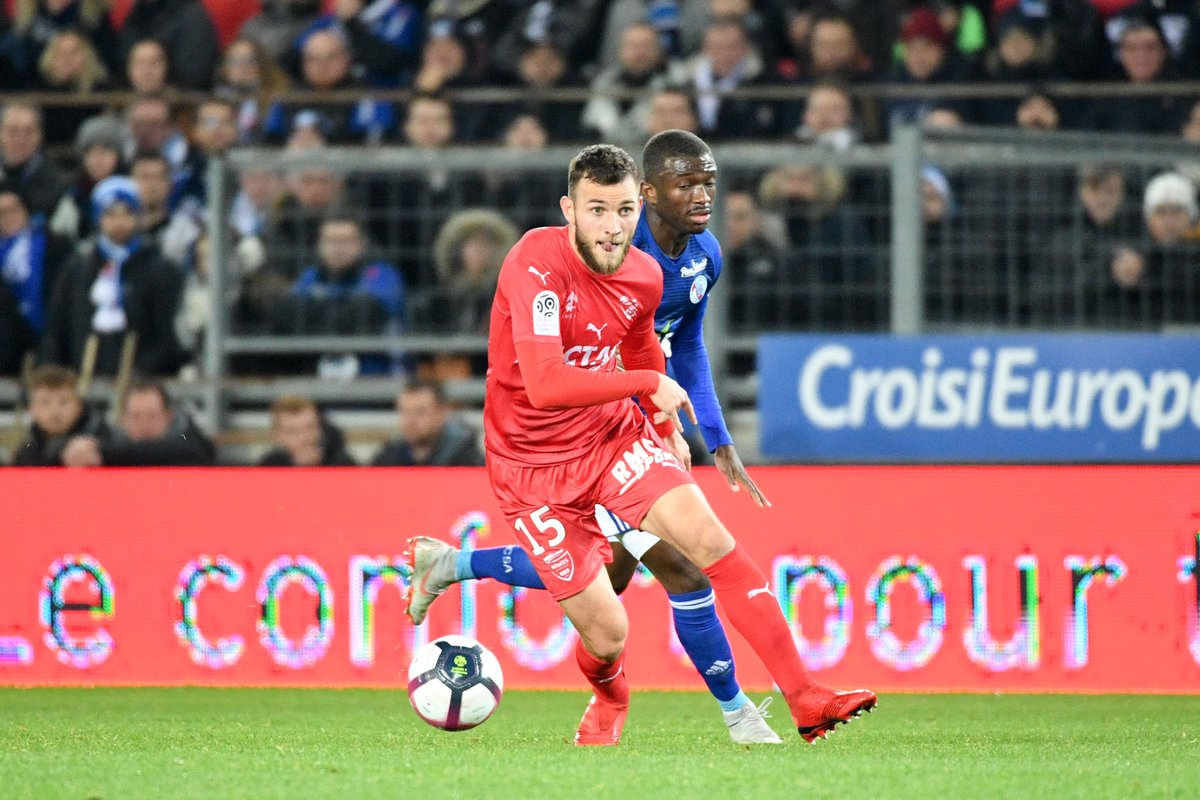 Championnat de France de football LIGUE 1 2018-2019-2020 - Page 8 DszGWndWwAU8-W6