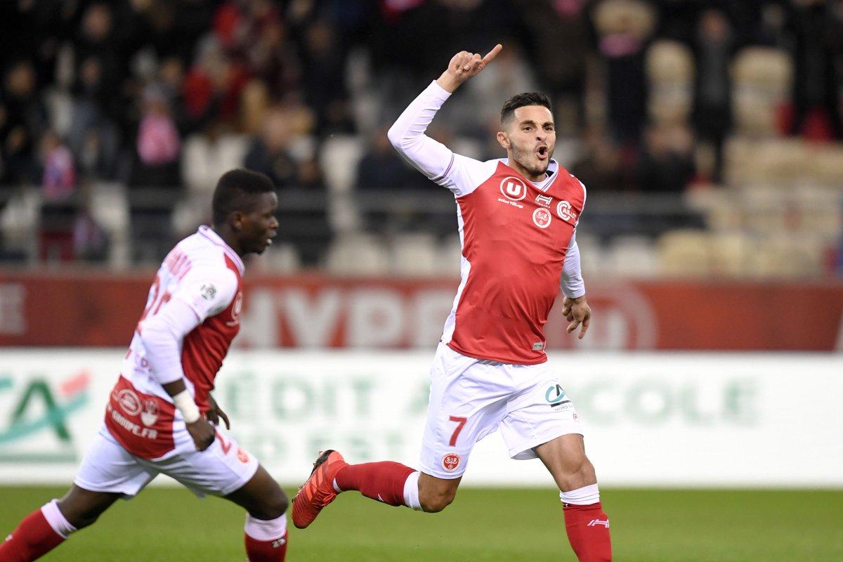 Championnat de France de football LIGUE 1 2018-2019-2020 - Page 8 DszeNxVW0AEKmPu