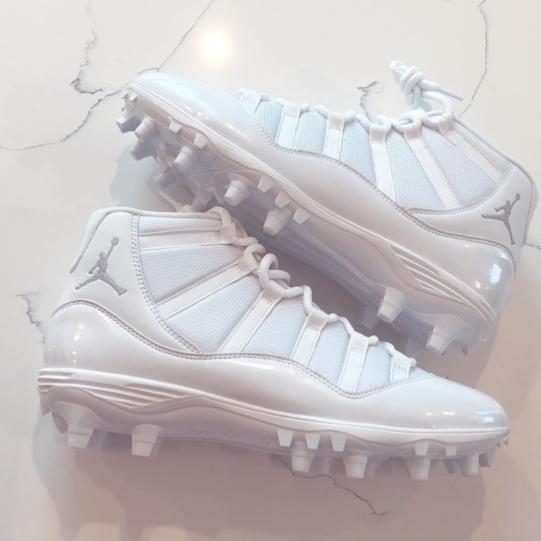 "3c0b306ba46 TheAdamsEra with the ""Triple White"" Air Jordan 11 cleats.pic.twitter .com hv521vJScL"