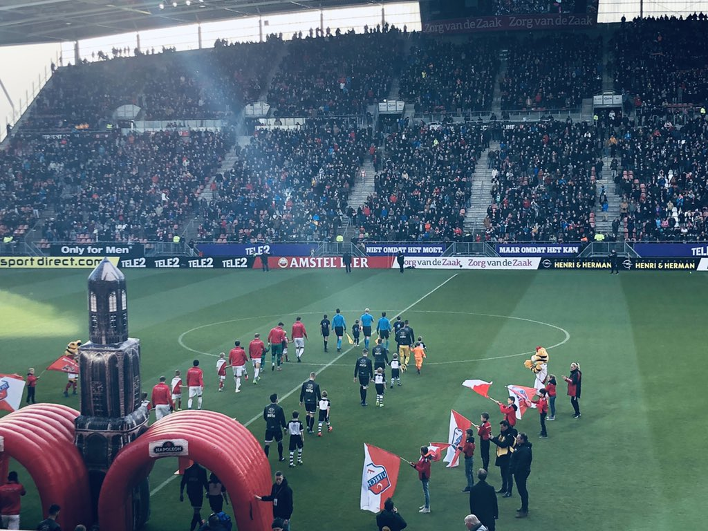 Fc Utrecht Is Leading Fast In Lunch Duel With Heracles