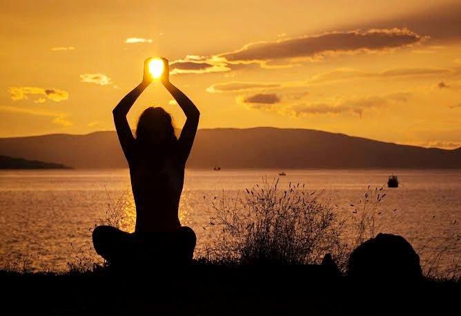 Look for Internal CALM to curtail external COMMOTION #life #Lifetime #lifetip #calm #InnerPeace #noise #Living #ad #lifequotes #WorldHelloDay #lifelonglearning #lifeisgood #Lifeliner1 @TOILifestyle @LIFE @LifestyleAsiaHK @UNPeacekeeping @UN @Satgur_Kaur