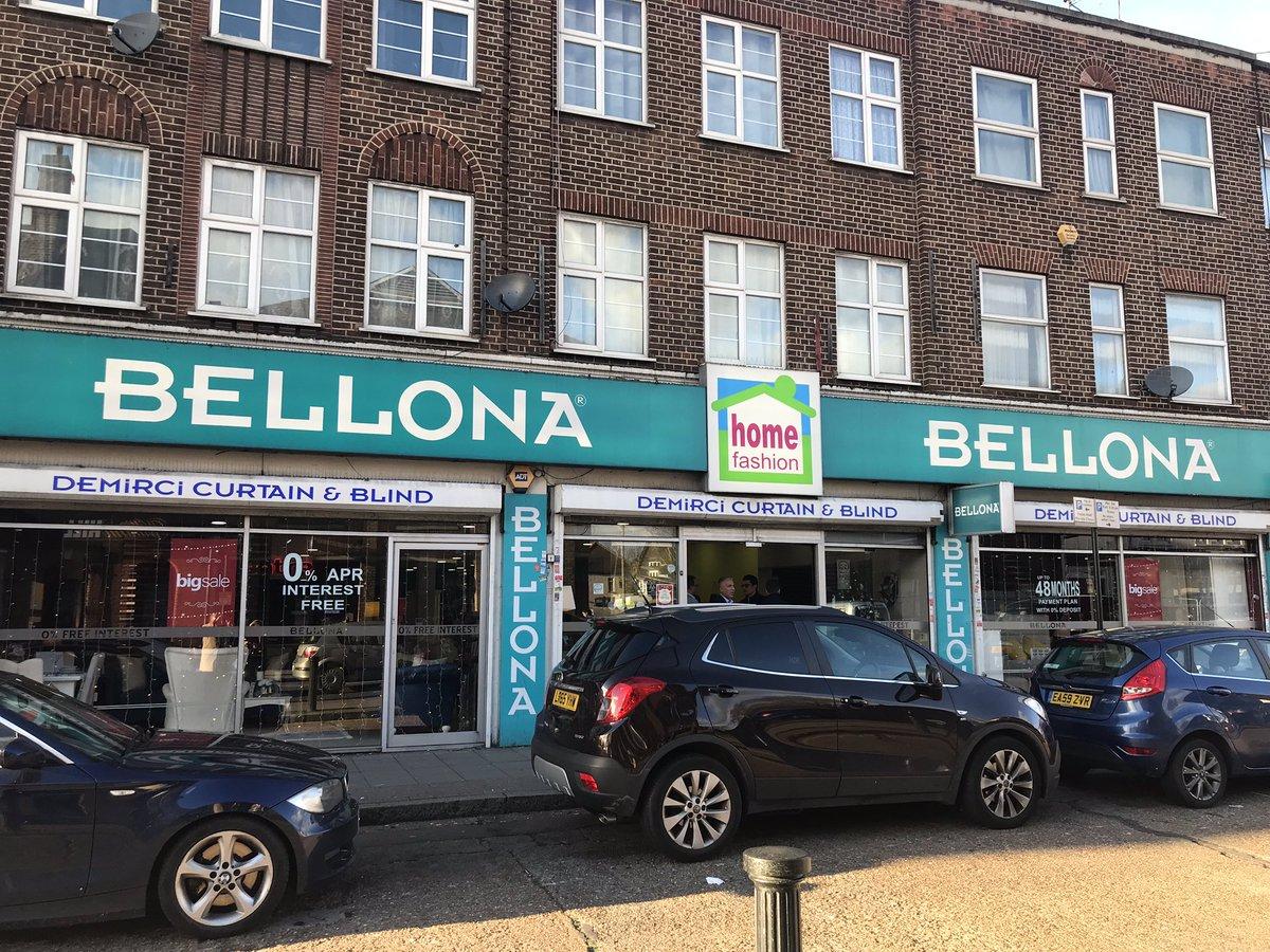 Özgür, Süleyman ve Ersin beylerin İngiltere'de bulunan 3 Bellona mağazasından Enfield Bellona mağazamızı ziyaret ettik #TarzArayanaBellona @boydakkurumsal @bellona