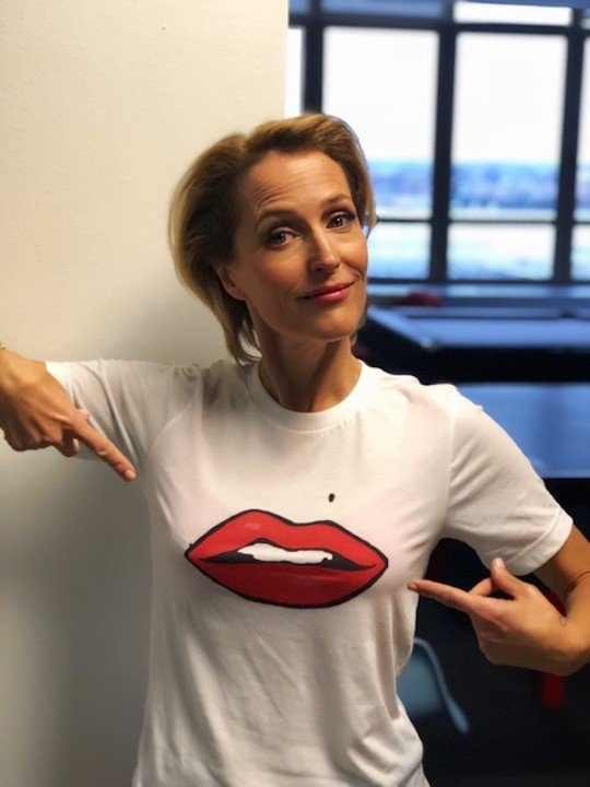 The wonderful @GillianA has just launched a special edition t-shirt @ArgenComicCon in aid of our work with women survivors of war! Get yours today and help women in conflict affected countries: rdbl.co/2L2VH46 #SheInspiresMe #ComicConArgentina