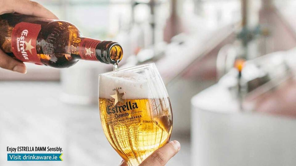 Traditionally made. Every Estrella we make follows the original recipe created in 1876. We use natural ingredients like malt, rice and hops, with no additives or preservatives.  https://t.co/XIDhw08nfZ https://t.co/WZjFsfosdM