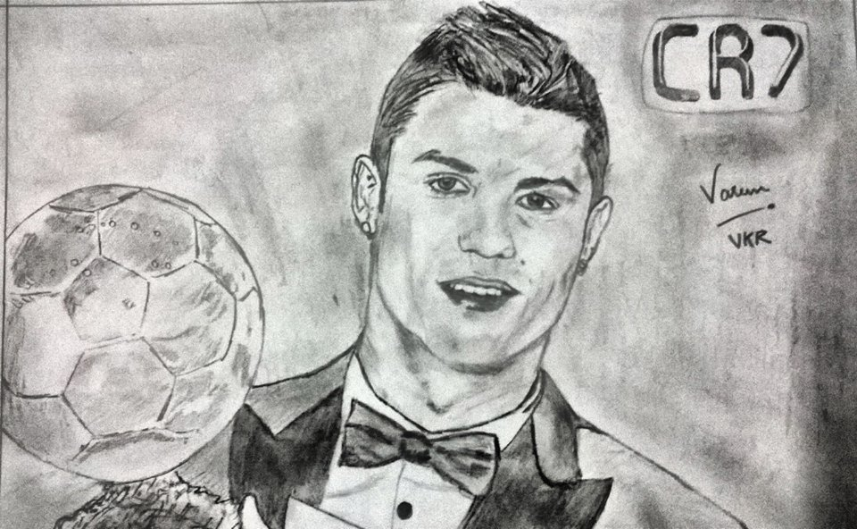 """When you play with Ronaldo on your team, you are already 1-0 up"" @OfficialZZidane  All time favorite and the legend himself @Cristiano  #sketch #sketching #art #ff #followforfollow #ordernow #BallonDor #fifa #football #juventus #RealMadridMelilla #cr7"