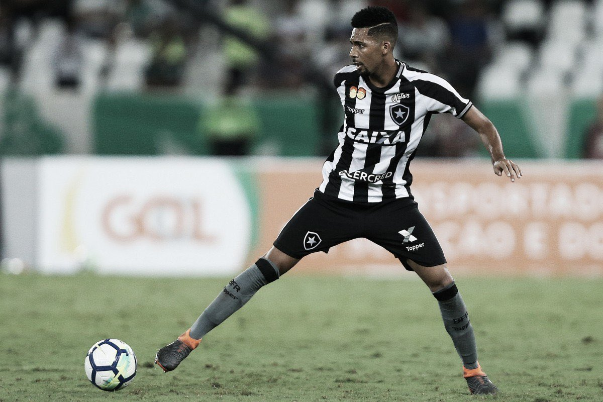 A Taça's photo on Matheus Fernandes