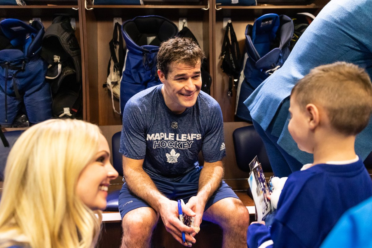 Following last night's game, families from @Childrens_wish were invited into the Leafs dressing room for a special meet-and-greet.  It was an honour to meet so many incredible people.