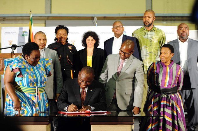 President @CyrilRamaphosa proclaims 01 January 2019 as the effective date of the #NationalMinimumWage in South Africa. The President signed this proclamation at the Walter Sisulu Square in Kliptown, Soweto, where the Freedom Charter was adopted in 1955. Photo