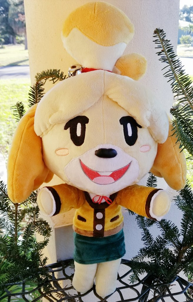 🍃BIG ISABELLE PLUSH GIVEAWAY🍃 to bring in the holidays & new Smash~  Just retweet (following not required) for a chance to take home the good girl!!   I will pick a winner on Dec. 17th ☆ Open to U.S. and internationally***  GOOD LUCK!!🌟