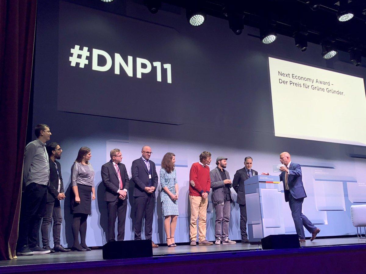 test Twitter Media - Elevator Pitch. Da sind sie, die neun Finalisten in den Kategorien Ressourcen, Change und People beim #DNP11 #nachhaltigkeit #entrepreneurship https://t.co/I5s4t3pL6h