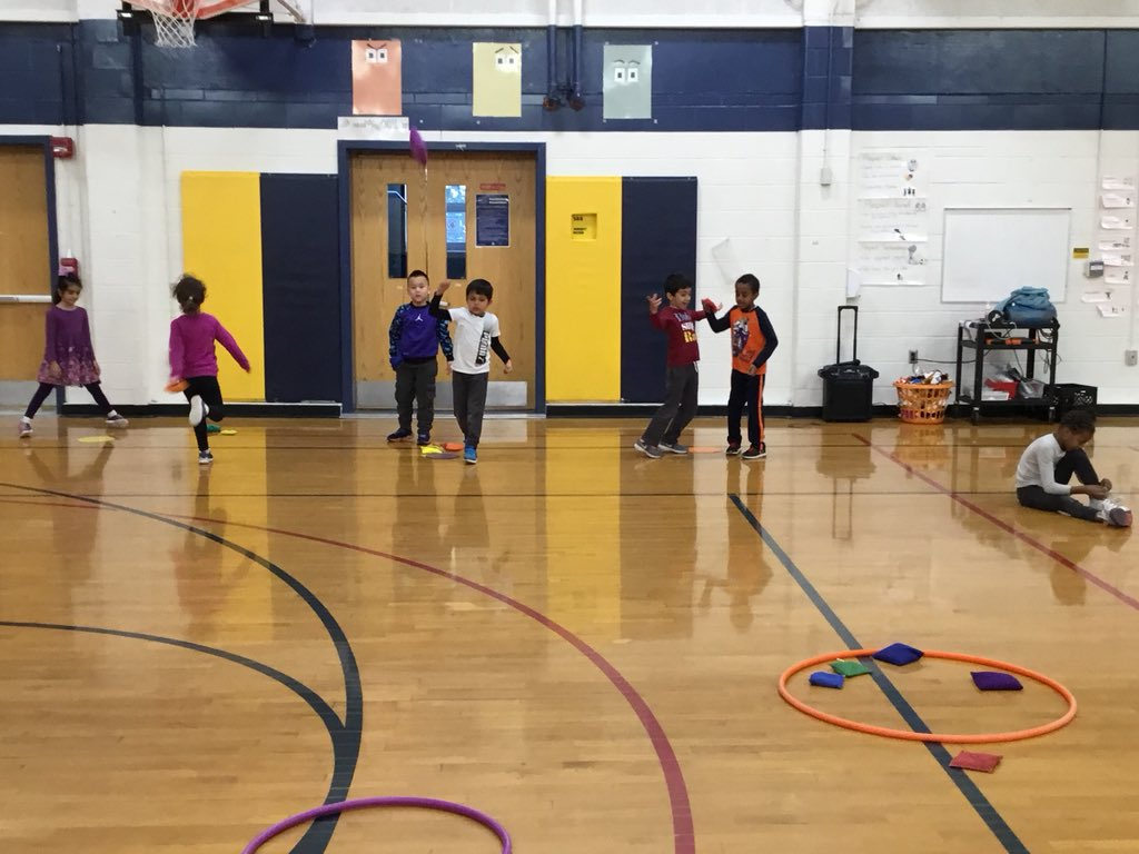 "Kindergarten /1st grade underhand throwing playing ""decorate the cookie"" game; we got this arm-leg opposition stuff! <a target='_blank' href='http://search.twitter.com/search?q=APSisAWESOME'><a target='_blank' href='https://twitter.com/hashtag/APSisAWESOME?src=hash'>#APSisAWESOME</a></a>  <a target='_blank' href='http://search.twitter.com/search?q=HFBTweets'><a target='_blank' href='https://twitter.com/hashtag/HFBTweets?src=hash'>#HFBTweets</a></a> <a target='_blank' href='https://t.co/UTZnM6QMuC'>https://t.co/UTZnM6QMuC</a>"