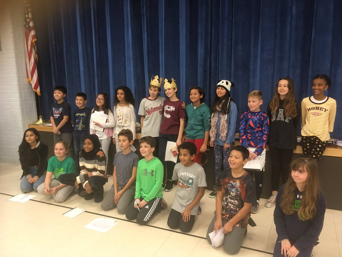 RT <a target='_blank' href='http://twitter.com/MsPerrysclass1'>@MsPerrysclass1</a>: Poetry slam participants <a target='_blank' href='https://t.co/eFjyeNerDz'>https://t.co/eFjyeNerDz</a>