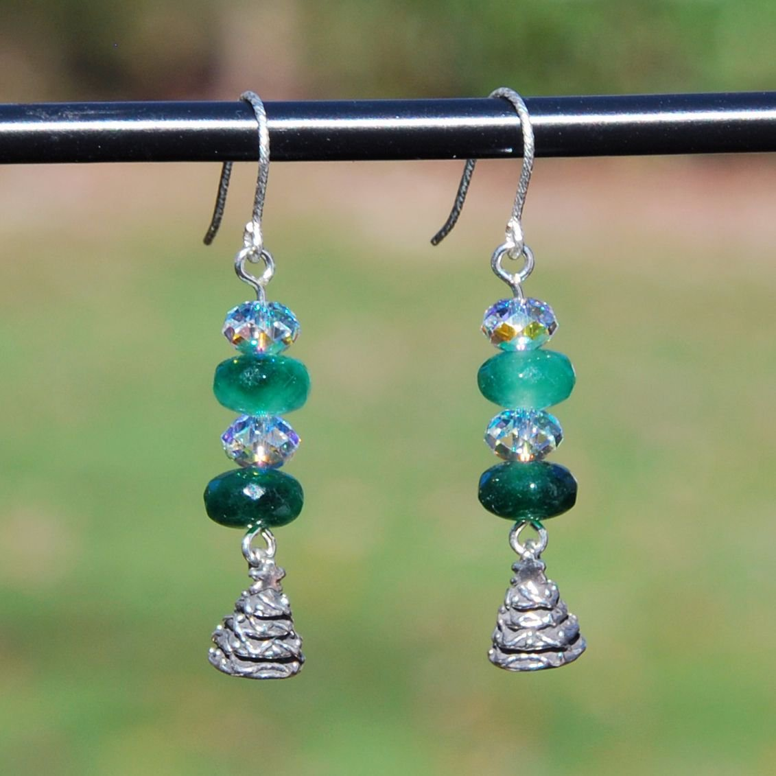 #freeshipping #etsyjewelry #etsyearrings #xmas #xmasearrings #etsymntt #etsysocial #emerald #christmastree earrings #swarovski  https:// buff.ly/2D0wHsj  &nbsp;  <br>http://pic.twitter.com/z3P2NaInYn