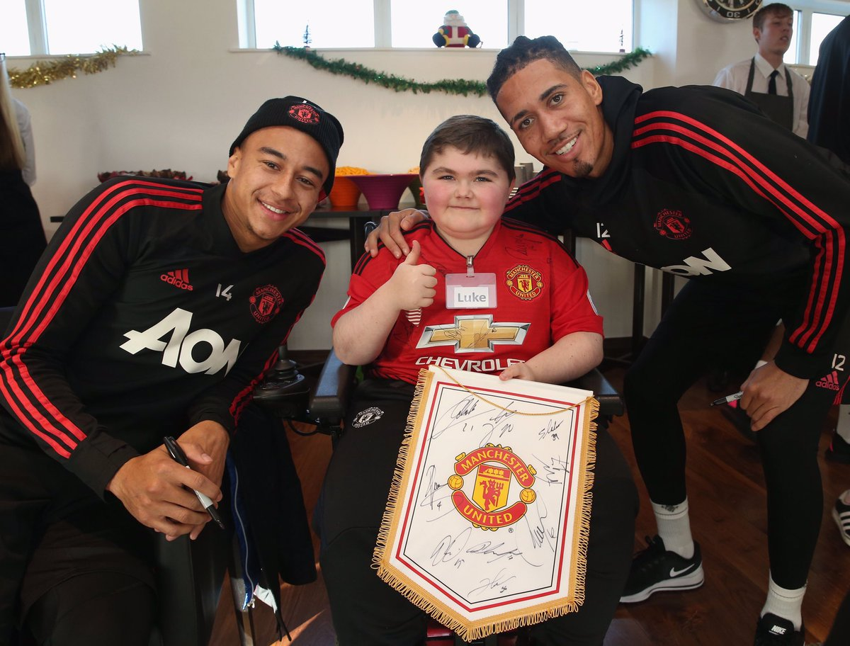Lovely afternoon spent at #MUDreamDay Thank you for setting it up @MU_Foundation ❤️ Pleasure to meet you Luke, keep fighting 👊🏽