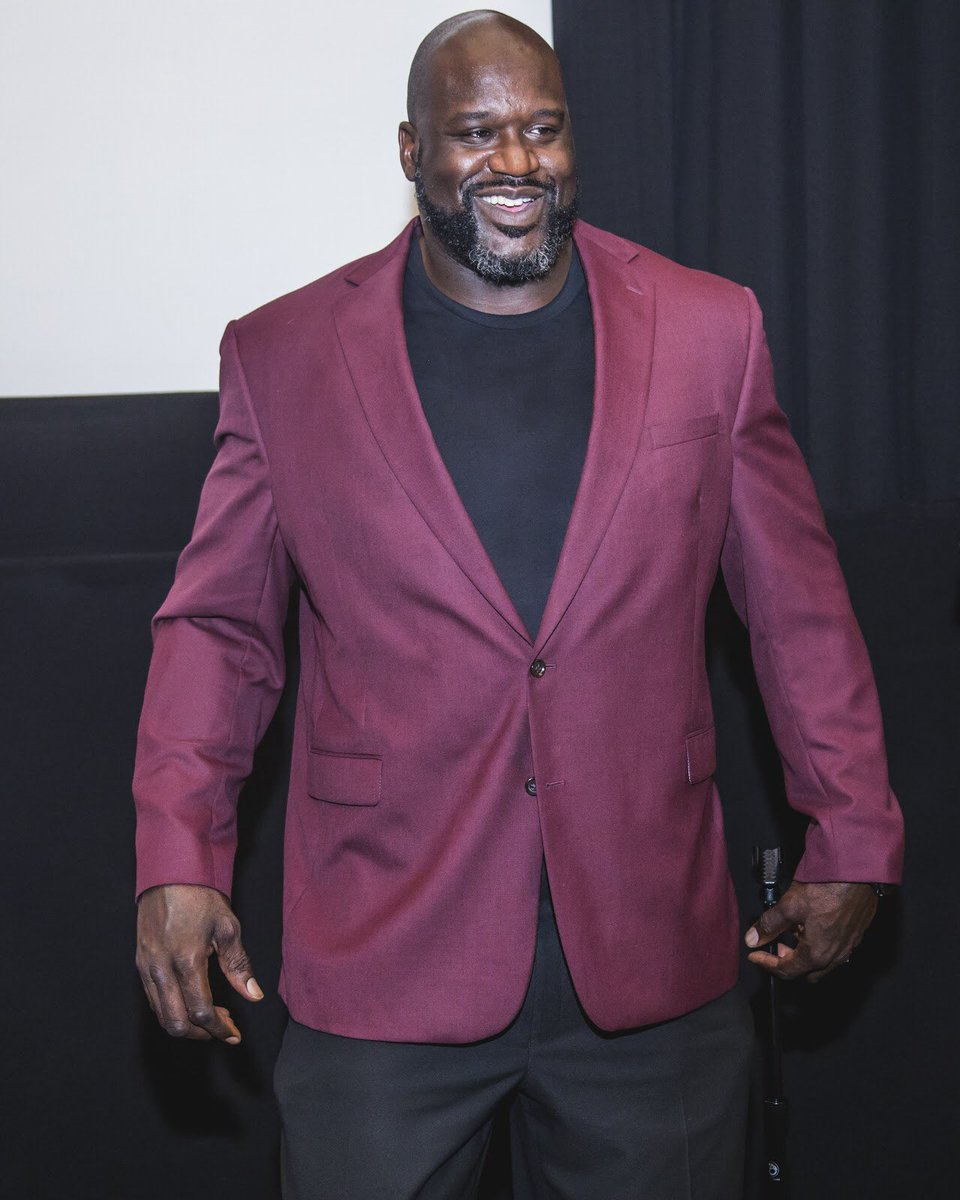 test Twitter Media - You can now listen to @shaq's interview with @THR's #AwardsChatter podcast about the #KillerBeesMovie on @itunes! 🏀🐝 https://t.co/qhRG9cuxjN https://t.co/C2pWEf8QmD