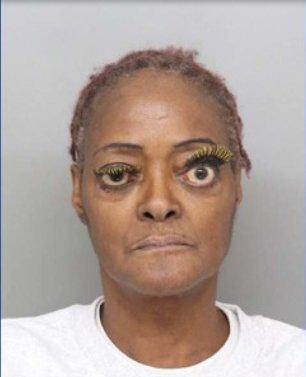 But dem eyelashes tho!!