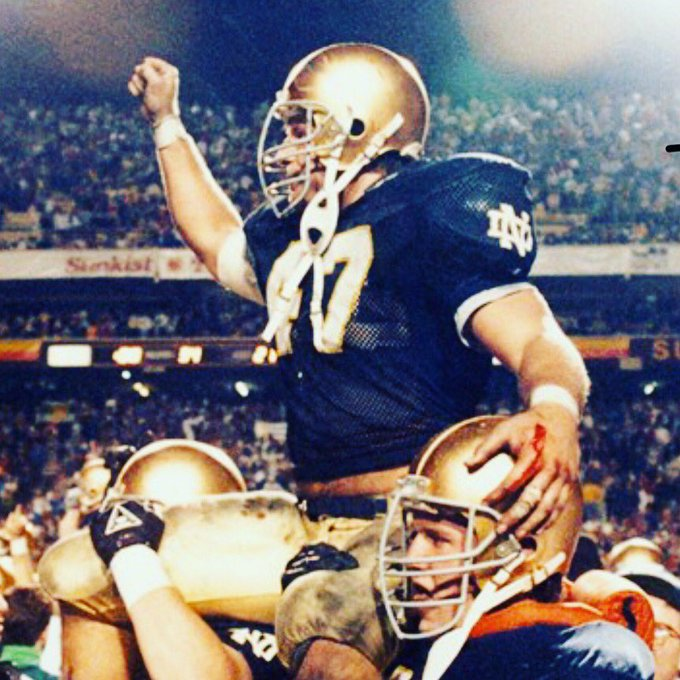 Dos Leprechauns return tomorrow (Saturday) morning for an interview with 1988 National Champion LB Ned Bolcar! Really We go live at 8am Pacific/10am Central/11am Eastern time. Can't tune in live? Subscribe on iTunes and listen in your car! #GoIrish #BeatClemson Photo