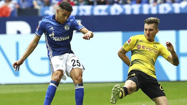 ¿Eres del Schalke o del Dortmund? ¿Y por qué? Pedimos ORIGINALIDAD. En juego, dos camisetas oficiales. Participad con el HT #VamosBundesliga.