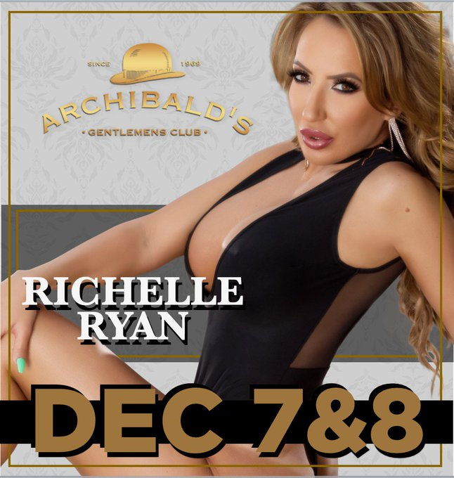 DC!!! RT if you're coming to @Archibalds_DC TONIGHT to see me for the merry MILF-Mas event https://t