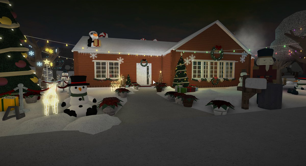 7 On Twitter Living In A Snow Globe House 130k A Small Snow