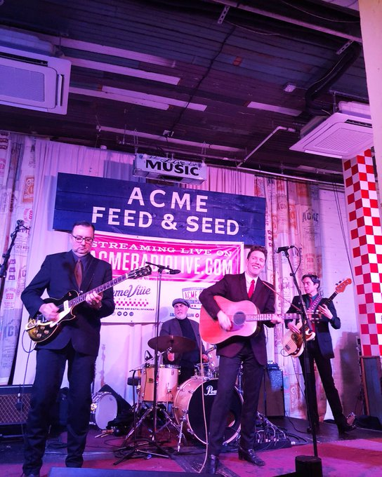 Nathan Belt & The Buckles are rockin' around the Acme stage tonight 🤘🏻🎄 Catch them on our stage every Friday this month and tune in to to listen live. Photo