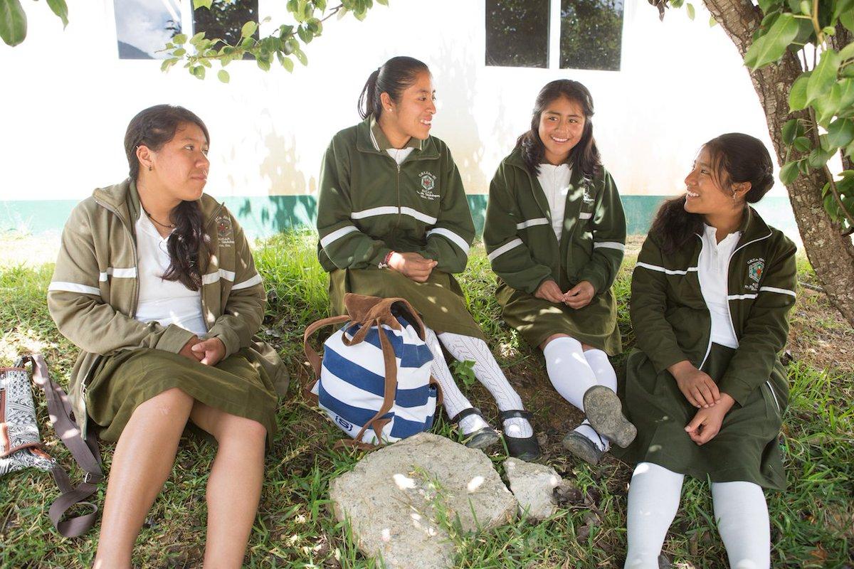 O que precisa mudar? Quem precisa ser influenciado? O que pedir para que as pessoas façam? Algumas perguntas para as meninas se posicionarem. Consulte o recurso Raise your voice with Malala: A guide to taking action for girls' education para saber mais! action.malala.org/girl-advocate-…