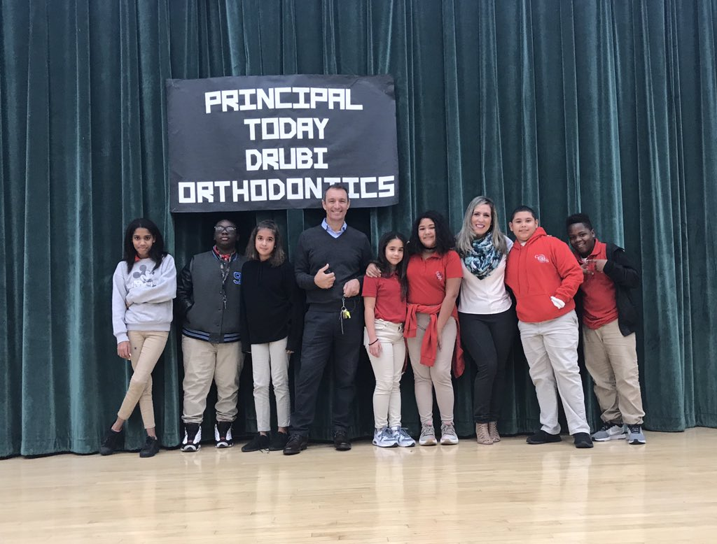 Thanks to Drubi Orthodontist for supporting @CountryMiddle! #PrincipalTODAY @MDCPS<br>http://pic.twitter.com/gOIVRpPpoj