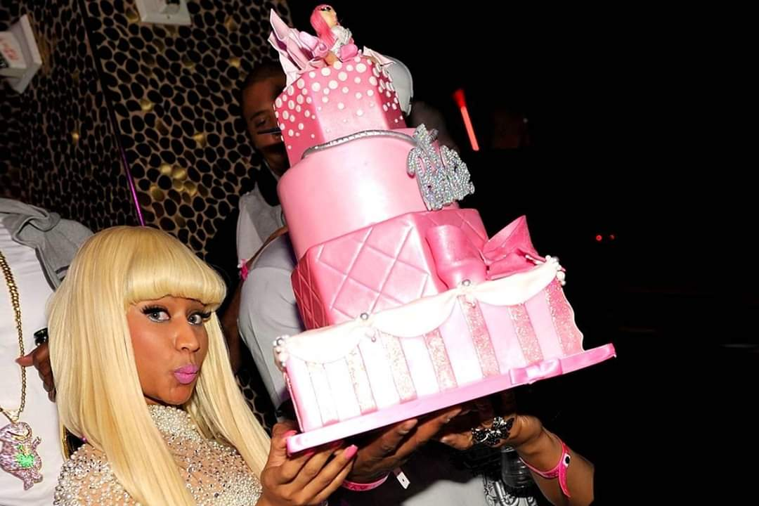 HAPPY BDAY For the Queen and Legend of RAP, @NICKIMINAJ The Only Rapper With the best-selling albums in the history.The Most Millionaire Rapper in the industry, The Only Rapper To Win Over 200 awards in his career, and the only one that fits the word &quot;QUEEN&quot; #HappyBirthdayNicki<br>http://pic.twitter.com/Fo4u9ZCL1r