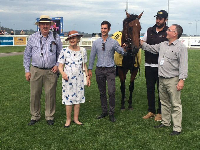 Congratulations to life member & Pakenham born Joan Walker on her back to back win in the $180,000 VOBIS Gold Bullion at Pakenham today! AMADEUS was trained by Mick Kent and was ridden by Craig Williams. AMADEUS is a homebred for Joan. Photo