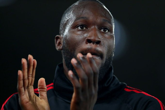 Romelu Lukaku is reportedly considering his Man Utd future. All the latest gossip: Photo