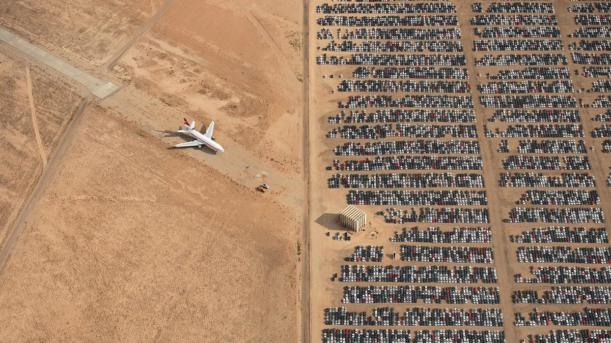 This haunting image of abandoned #Volkswagen group Dieselgate cars in the Mojave Desert has won the @NatGeo photo of the year contest &gt;&gt;  https://www. carmagazine.co.uk/features/car-c ulture/best-car-photos/ &nbsp; … <br>http://pic.twitter.com/iv2E9pShdu