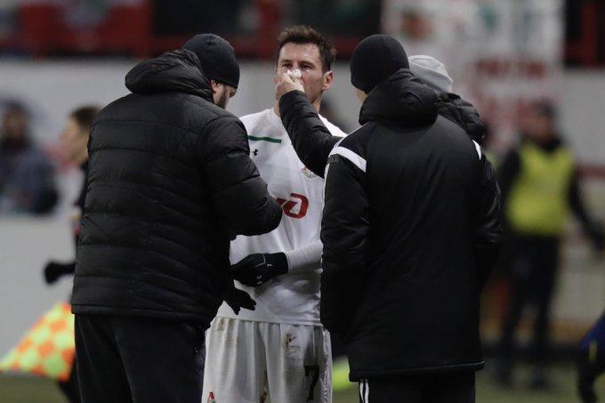 44' Крыховяку мяч угодил в нос, но вернулся поляк на поле #ЛокоОренбург Фото