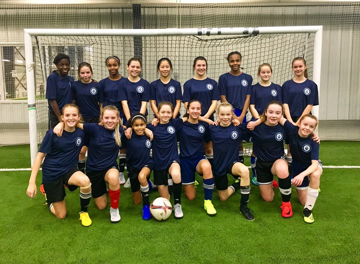 Geared up and ready for Gameday! #whitecapslondon 2006 #OPDL Girls 🙌🏼   @WhitecapsYouth #lndont @londonwhitecaps – at BMO Centre