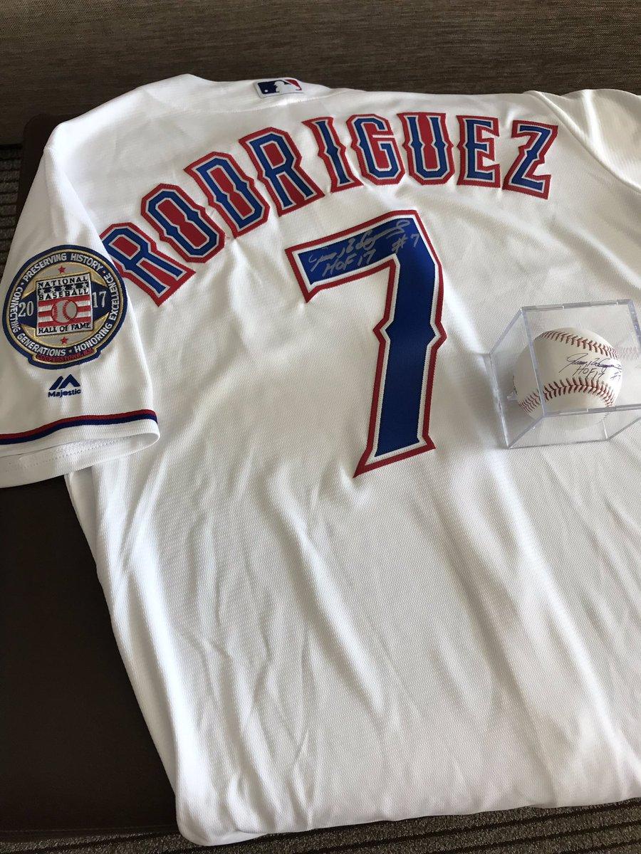 pretty nice 677ed 53823 Ivan Pudge Rodriguez on Twitter: