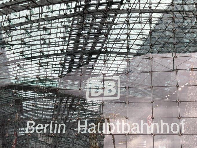 Hallo Berlin 👋🏻 der Pokalsieger 🏆 ist zurück 😎😬 #BSCSGE 🦅 🐃🐃🐃 Foto