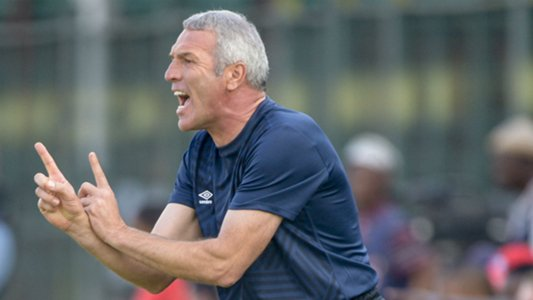 Rudolph Seale: Employing Ernst Middendorp as Kaizer Chefs coach is a temporary measure Photo