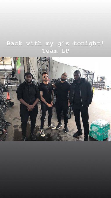 TEAM LP! Banda do Liam preparadíssima para a performance que acontece hoje (08) no #CapitalJBB na Arena O2 em Londres. c: @ThomasFTotten via Story. Photo