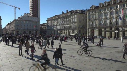#M5S In diretta streaming: @notav_info Diretta dal Palco di piazza Castello Torino 👉 Foto